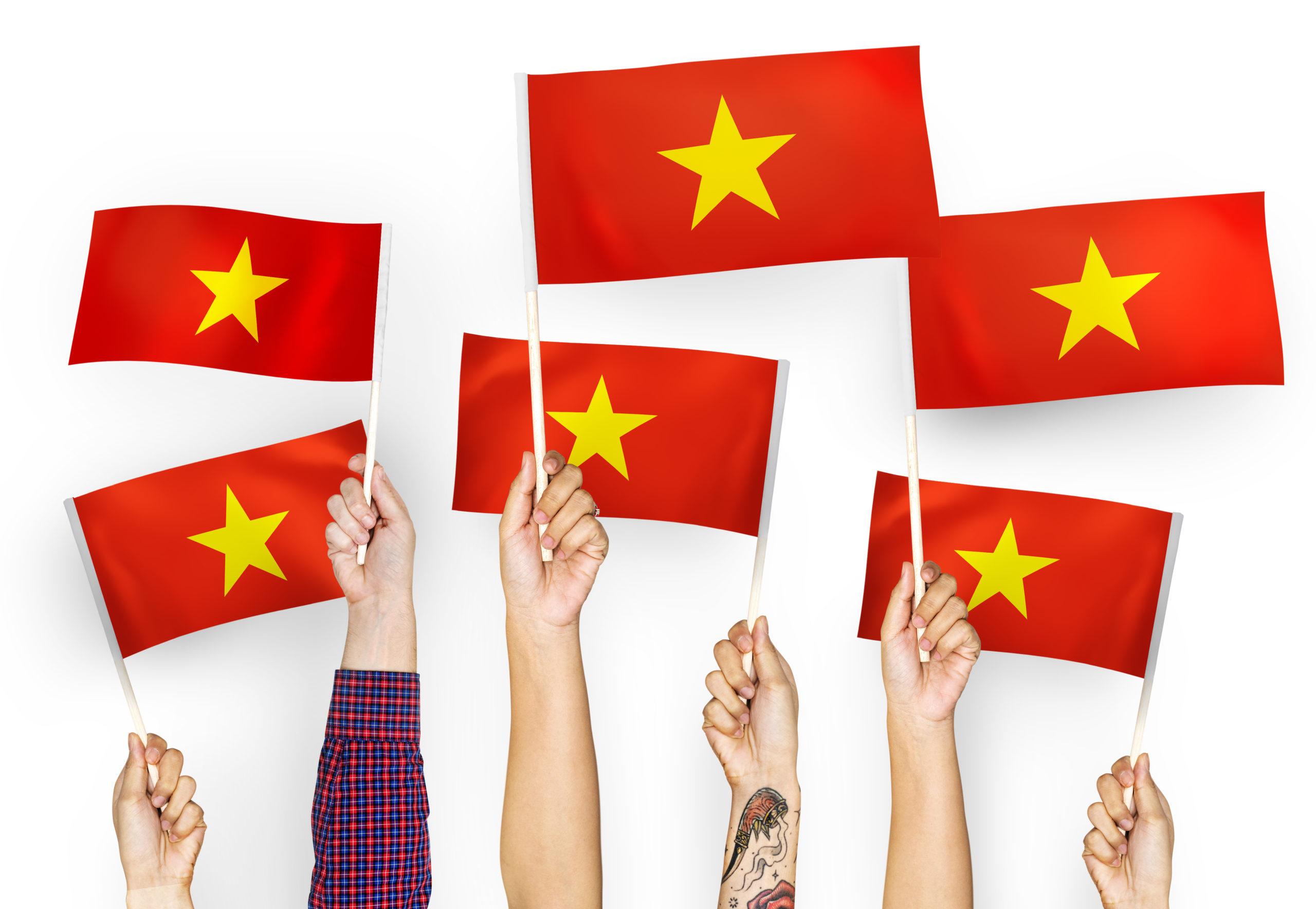 vietnam-flags